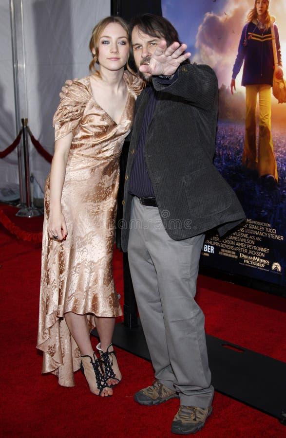 Saoirse Ronan y Peter Jackson imagenes de archivo