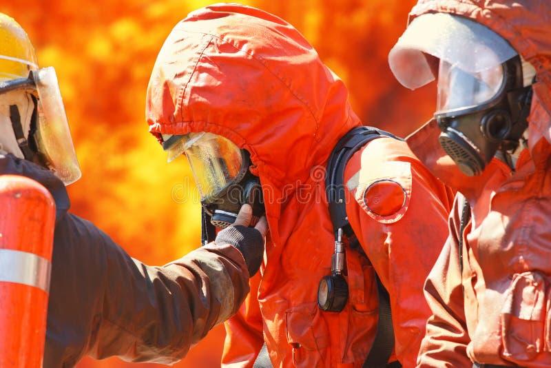 Download Sapadores-bombeiros foto de stock. Imagem de herói, segurança - 26523246