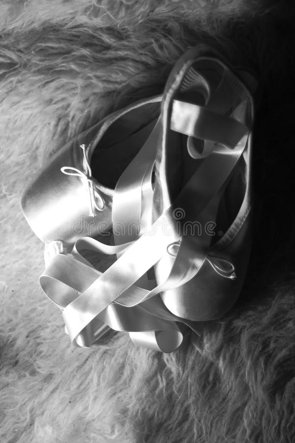 Sapatas de bailado de Pointe   fotografia de stock