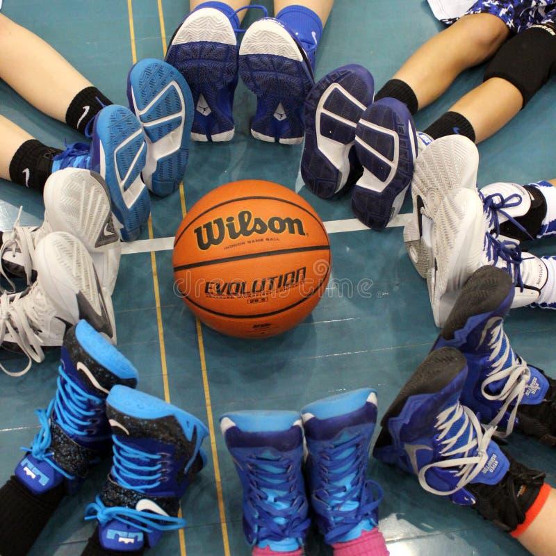 Sapatas de basquetebol imagens de stock royalty free