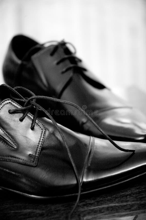 Sapatas dos homens de couro clássicos fotografia de stock royalty free