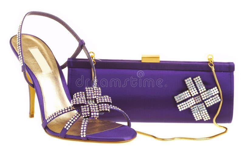 Sapatas e bolsa fêmeas fotografia de stock royalty free