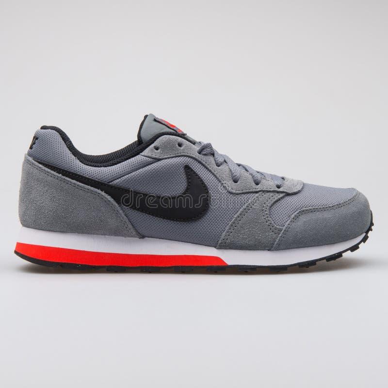 Sapatilha cinzenta do corredor 2 da DM de Nike imagens de stock royalty free