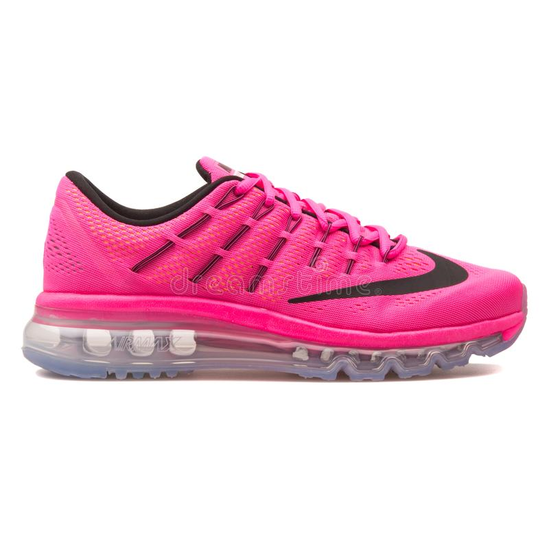 Sapatilha cor-de-rosa de Nike Air Max 2016 foto de stock royalty free