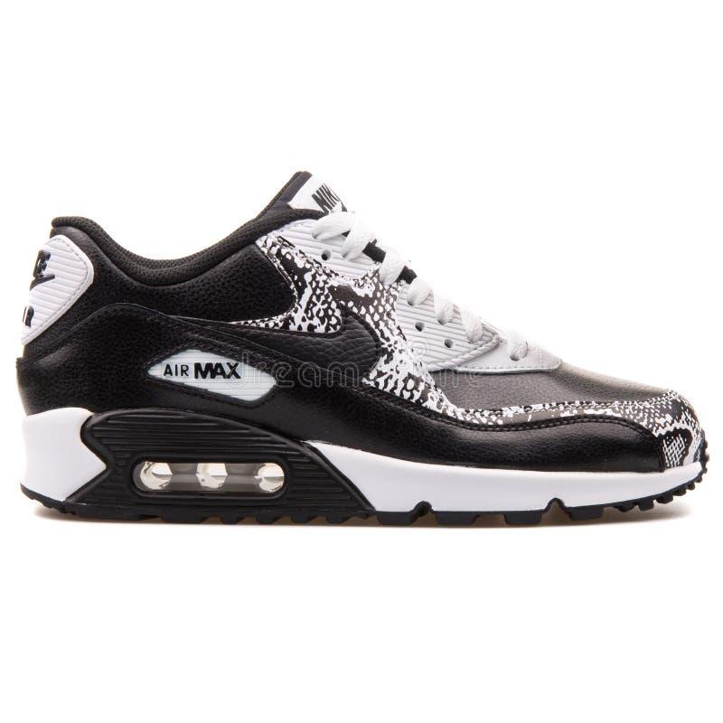 Sapatilha preto e branco de couro superior de Nike Air Max 90 fotos de stock