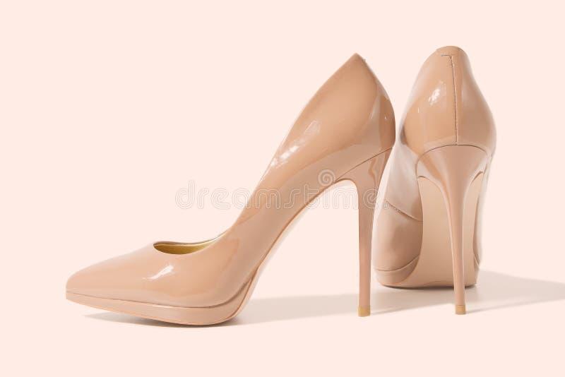 Sapatos para mulheres Alto salto fechado Vista superior Moda das mulheres Acessórios para senhoras Calçado formal feminino isolad fotos de stock royalty free