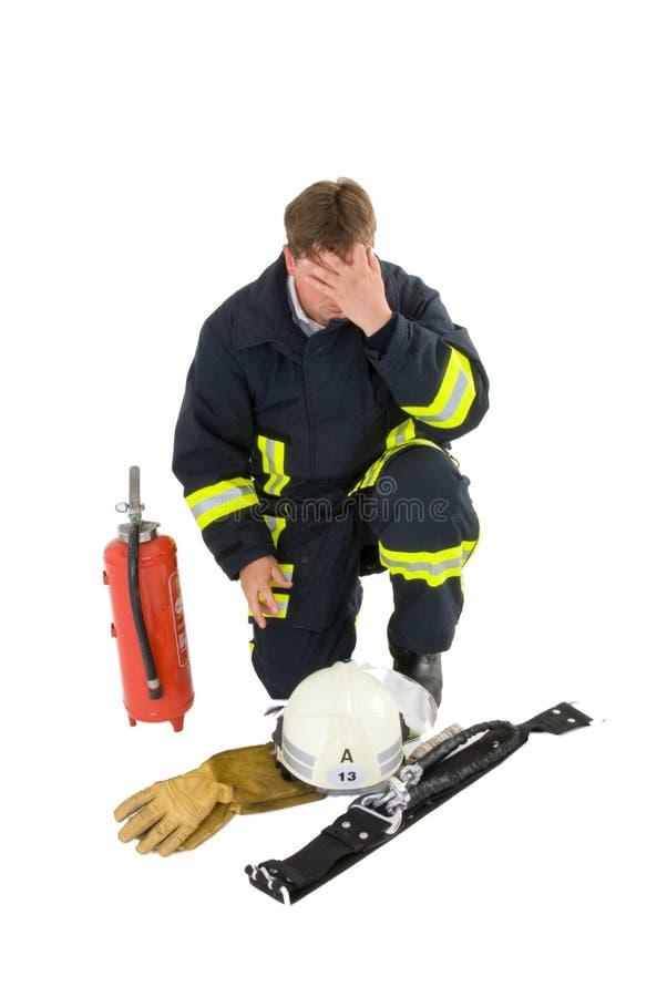 Sapeur-pompier dans l'uniforme photo stock