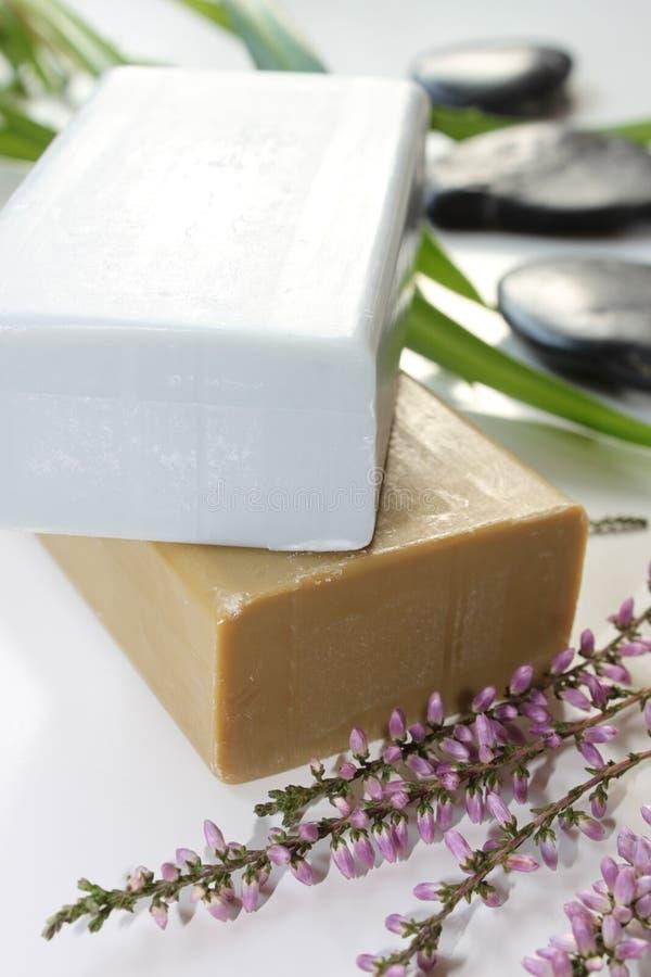 Download Sapone di erbe immagine stock. Immagine di herbal, bathtub - 56876321