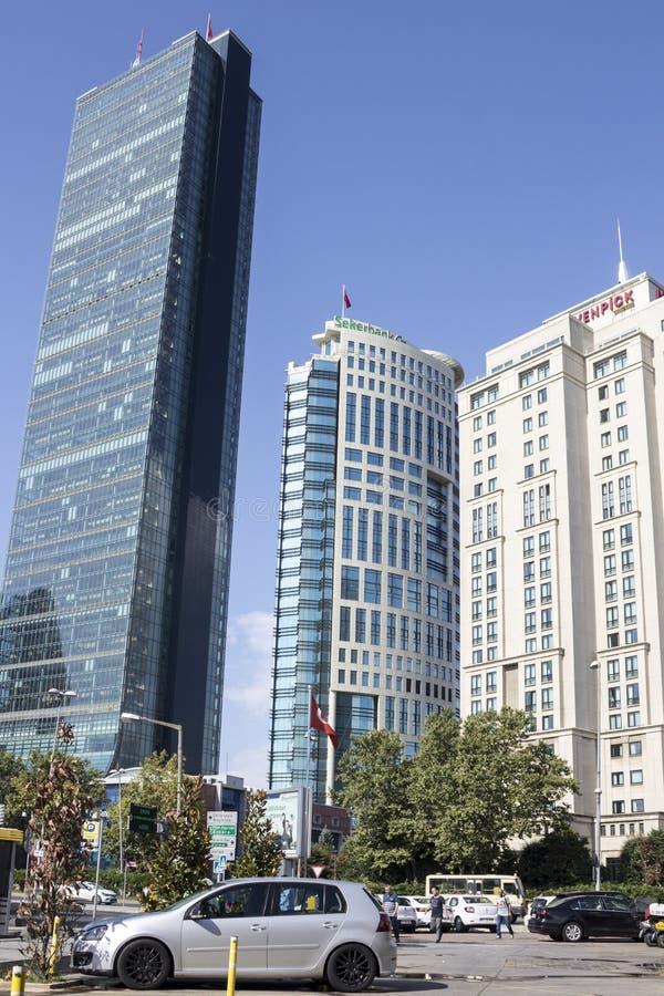 Sapphire Building, Sekerbank Headquarters et Mövenpick Hotel lors d'une journée ensoleillée photo stock