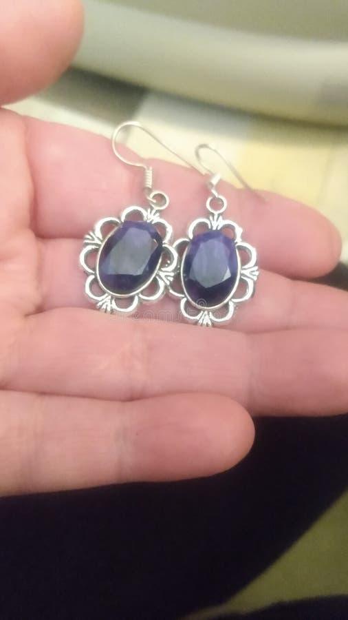 Sapphires impostato su Sterling Dangle Drop Earrings fotografia stock