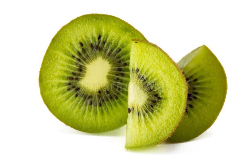 Sappig kiwifruit dat op witte achtergrond wordt geïsoleerd royalty-vrije stock foto