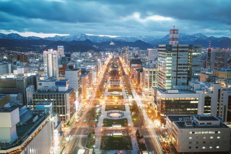 Sapporo nattsikt från Sapporo TVtorn i Sapporo, Hokkaido, Japan arkivbilder