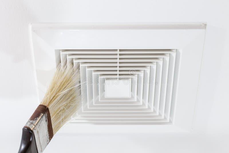 Saque el polvo hacia fuera de tubo de aire, de peligro y de la causa de la pulmonía adentro apagado imágenes de archivo libres de regalías