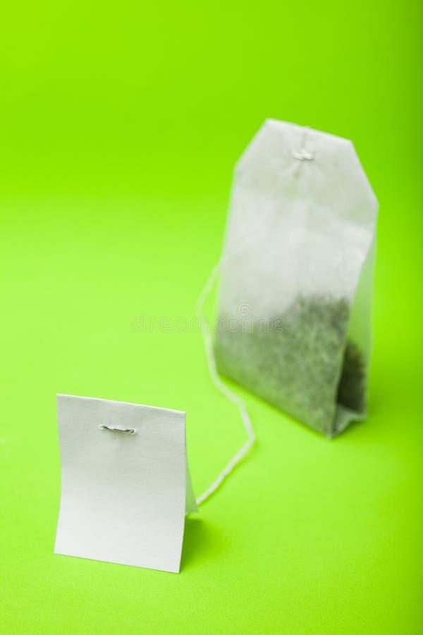 Saquinho de chá com etiqueta vazia branca foto de stock