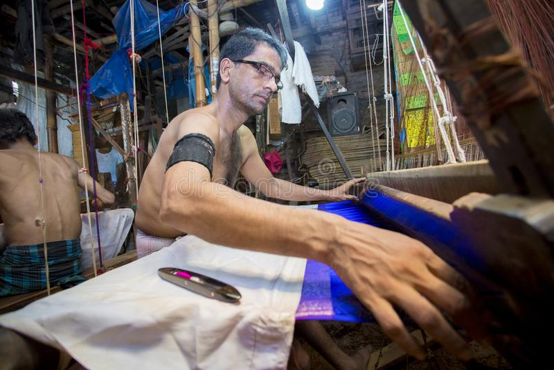 Sarafat Khan Sadhin 46 rok Benarashi Palla pracownik obrazy royalty free