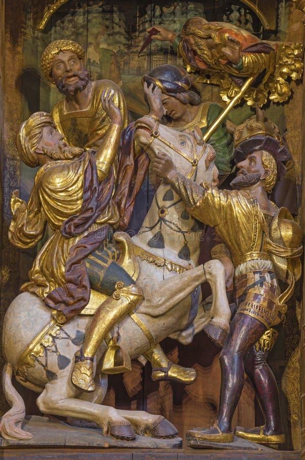 SARAGOZZA, SPAGNA - 3 MARZO 2018: La conversione di St Paul - altare principale scolpito nella chiesa Iglesia de San Pablo immagine stock libera da diritti