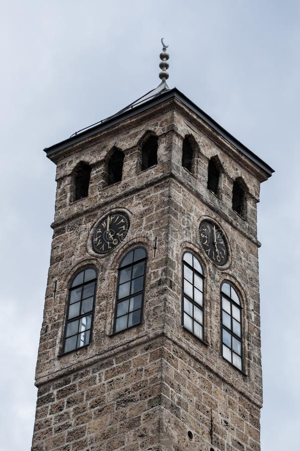Sarajevo, Bósnia e Herzegovina, Bascarsija, torre de pulso de disparo, Sarajevska Sahat Kula, skyline, vista aérea, pulso de disp foto de stock