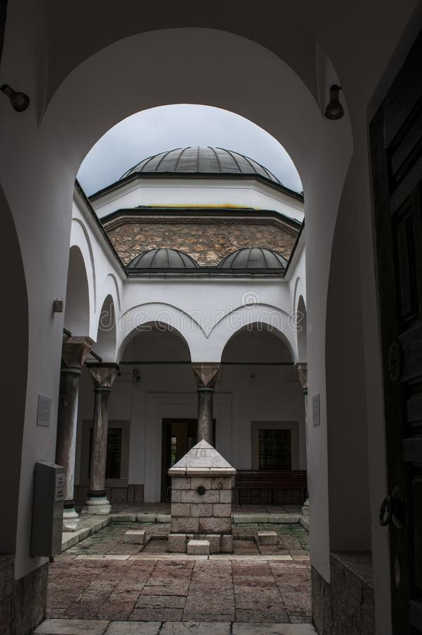 Sarajevo, Bośnia i Herzegovina, Gazi Błagamy meczet, muzeum, madrasah, islam, koran, Koran, otoman, Bascarsija zdjęcia stock