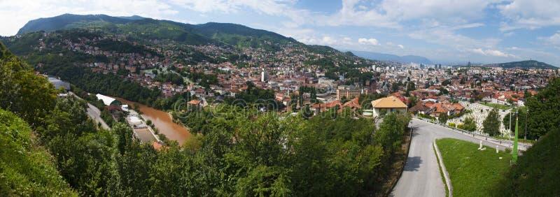 Sarajevo, Bo?nia i Herzegovina, widok z lotu ptaka, krajobraz, linia horyzontu, pejza? miejski, panoramiczny, punkt widzenia, Din zdjęcia stock