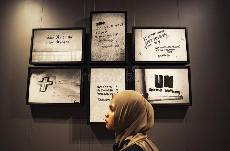 Sarajevo Bosnien och Hercegovina, Europa, Srebrenica, folkmord, museum, massaker, bosnisk serbisk armé, minnesmärke, krigsbrott royaltyfria bilder