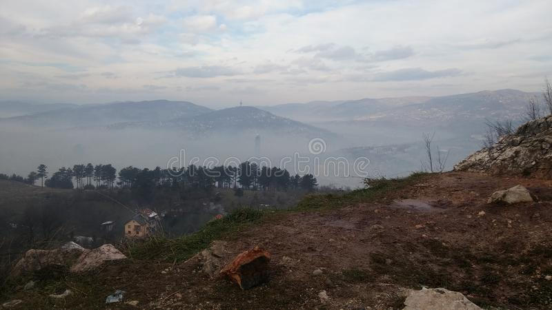 Sarajevo dimma arkivfoto