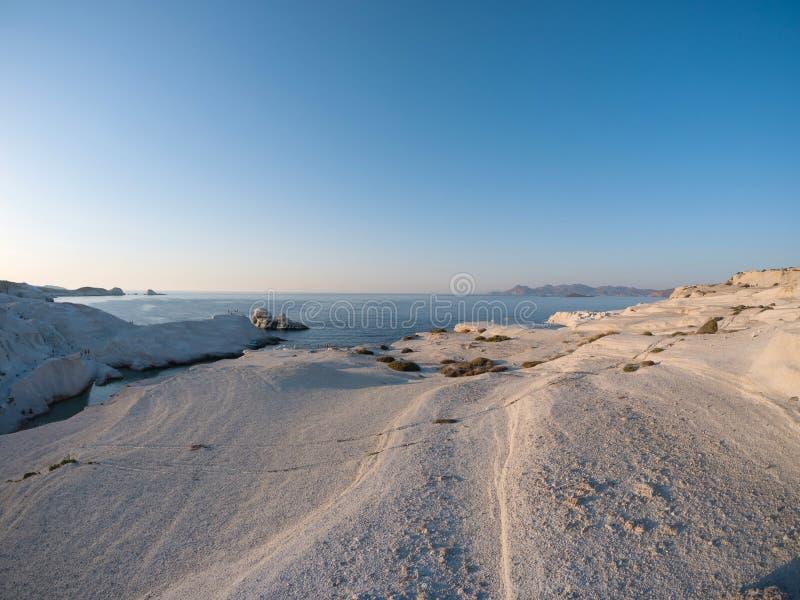 Sarakiniko strand i Milos Island royaltyfri bild