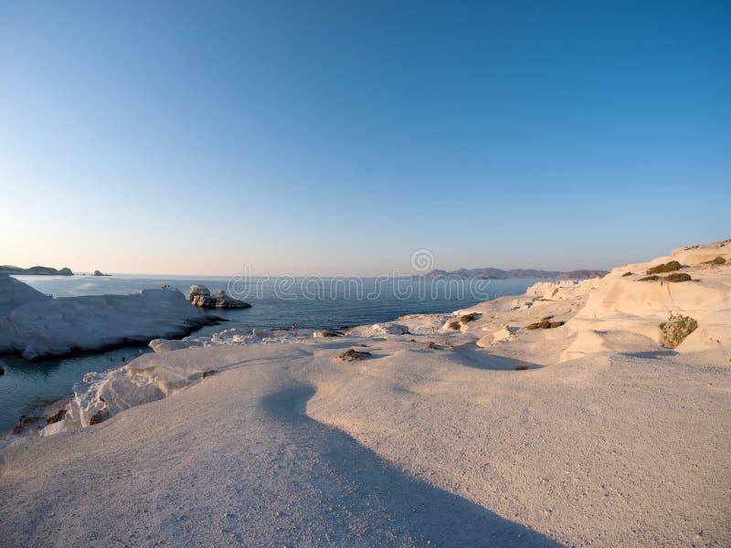 Sarakiniko strand i Milos Island royaltyfri foto