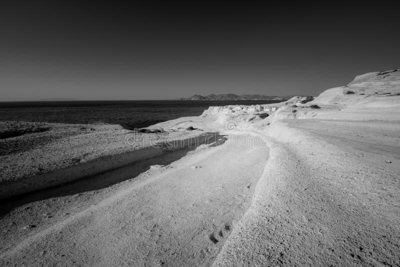 Sarakiniko strand i Milos Island, Grekland arkivfoto