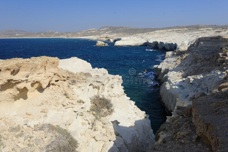 Sarakiniko strand på Milos arkivbilder