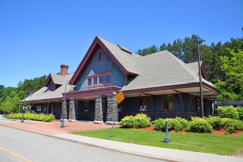 Saranac See-Station, Dorf von Saranac See, NY, USA lizenzfreies stockbild