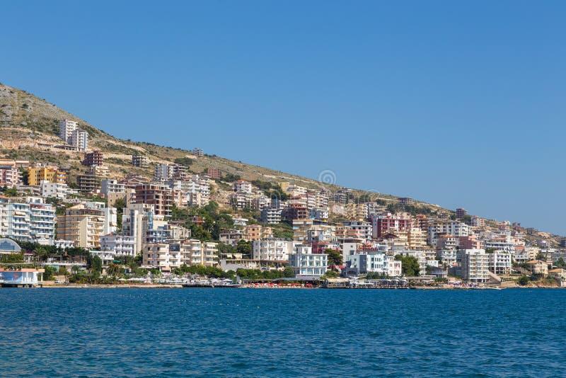 Saranda镇看法沿海,阿尔巴尼亚 免版税库存图片