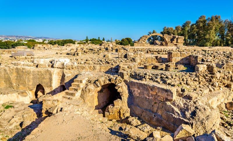 Saranta Kolones, eine ruinierte mittelalterliche Festung in Paphos lizenzfreie stockbilder