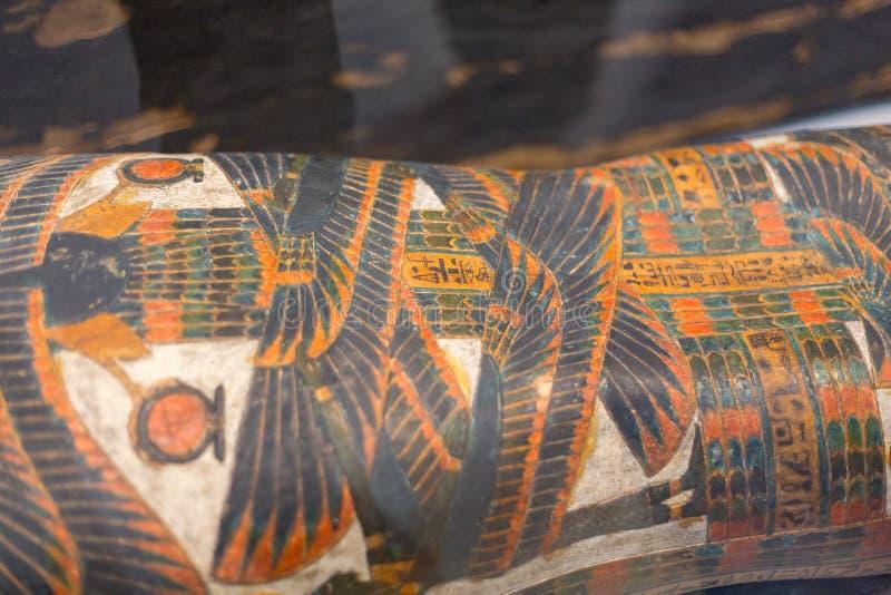 Sarcofaagdetail in Louvrelens stock fotografie