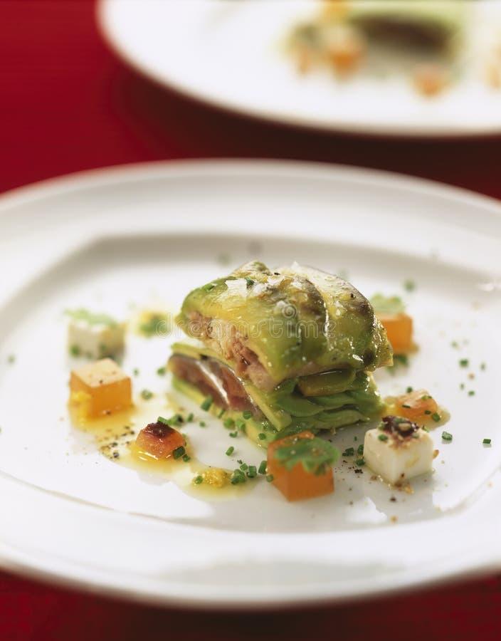 Sardine en avocado mille-feuille royalty-vrije stock afbeeldingen