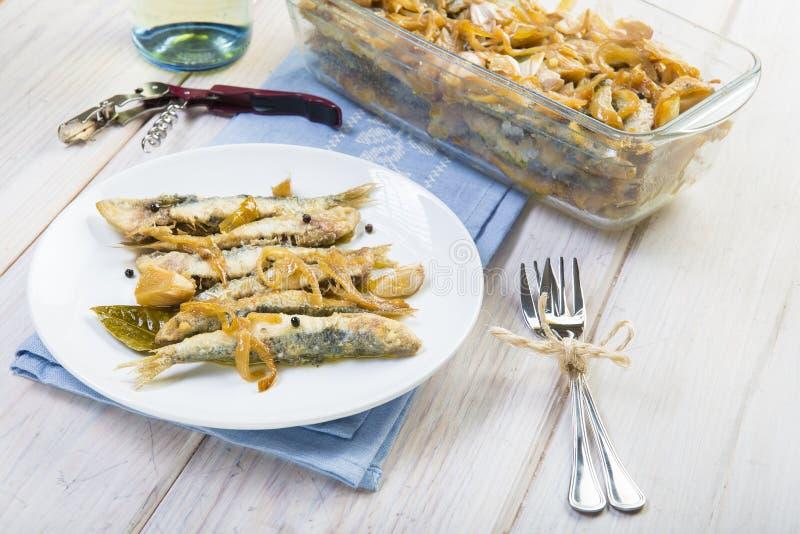 Sardines en marinade image libre de droits