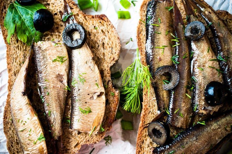 Sardines, esprots photo libre de droits