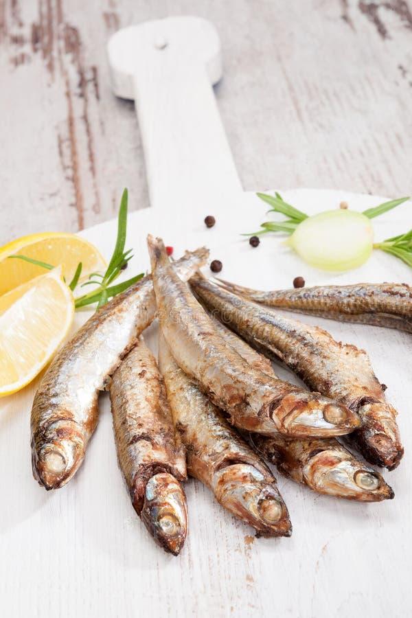 Sardines grillées photo libre de droits