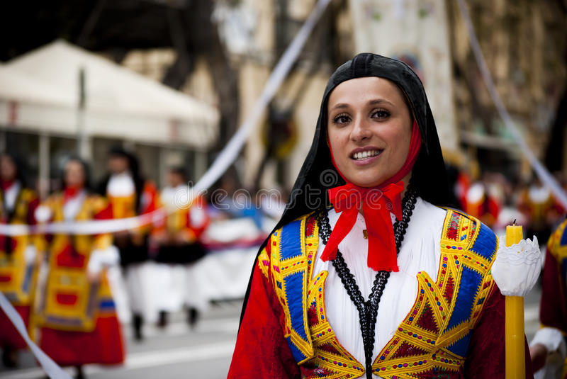 Sardinia Beauty.The festival av S.Efisio royaltyfri foto