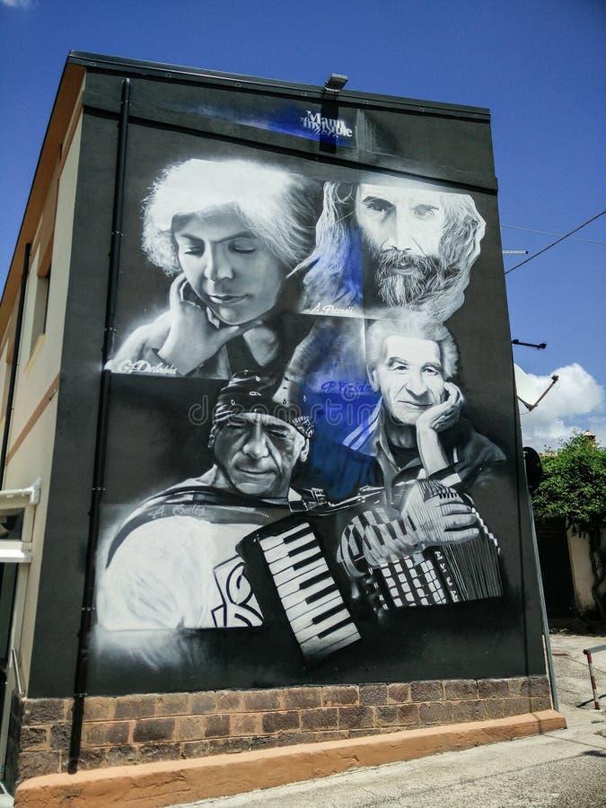 sardinia Konst och kultur Villamar f?r grafittigata f?r konst f?rgrik r?knad v?gg Murales fotografering för bildbyråer