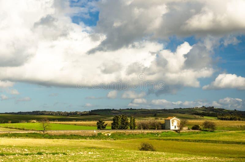 Sardinia, paisagem de Trexenta imagem de stock