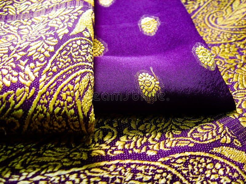 Saree roxo imagem de stock
