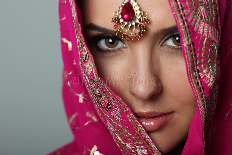 Sari images stock