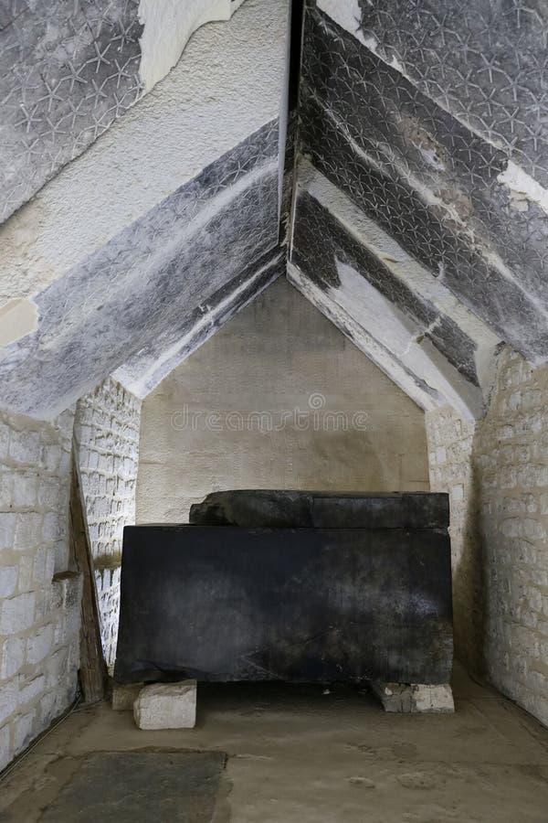 Sarkofag av Unas i pyramid av Unas, Saqqara, Kairo, Egypten royaltyfri fotografi
