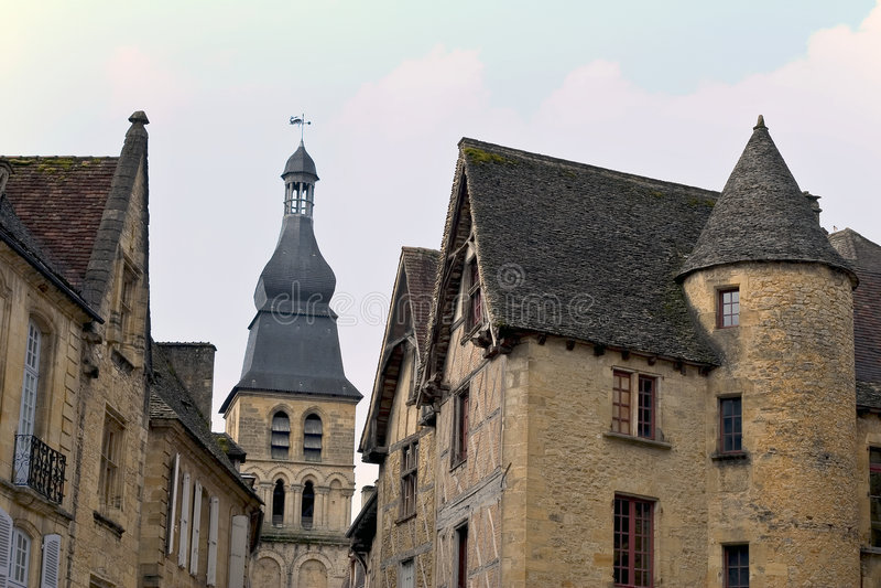 Download Sarlat, Francia imagen de archivo. Imagen de belfry, aquitaine - 1285735