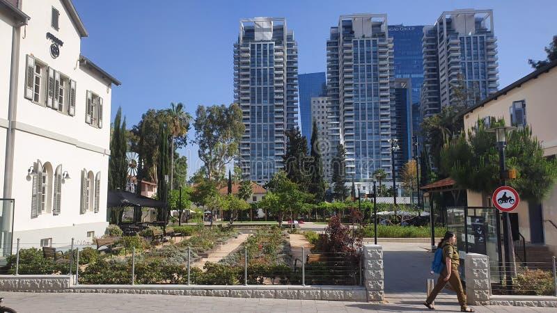 Sarona neibourhood在中心都市特拉维夫以色列 免版税库存图片