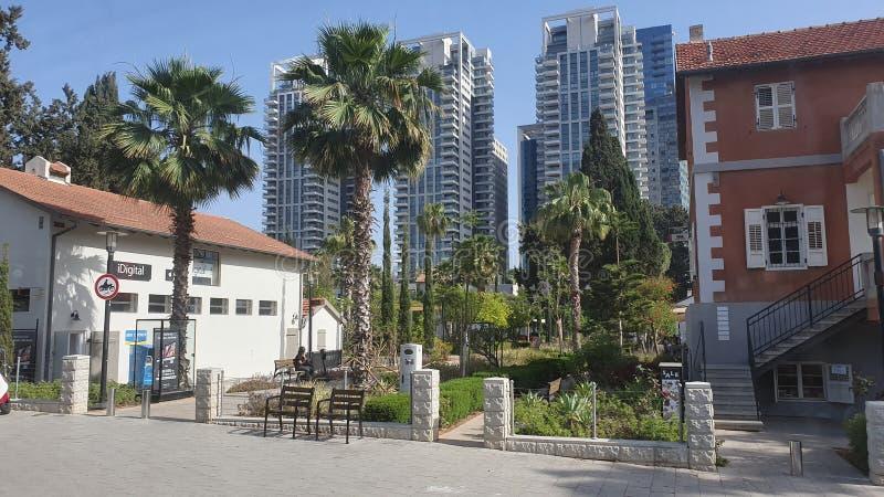 Sarona neibourhood i mitten stads- Tel Aviv Israel arkivbild