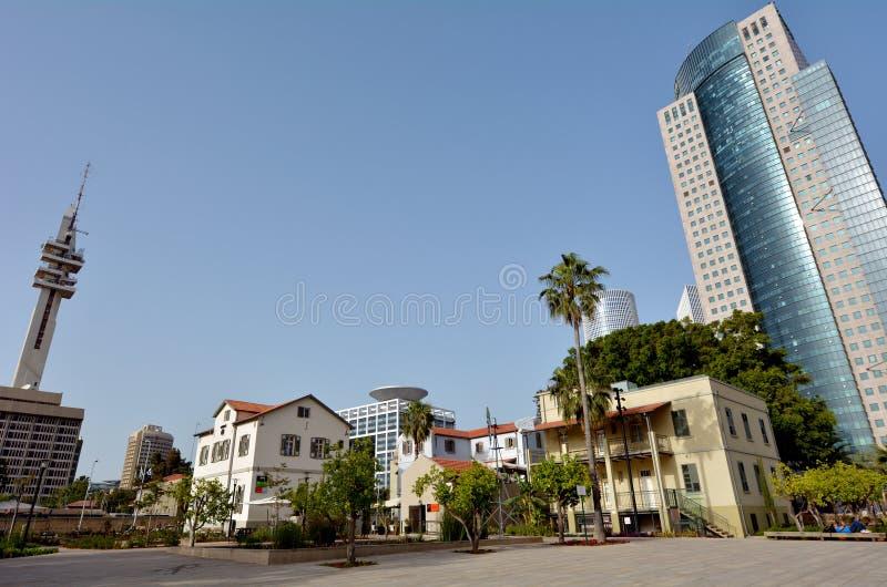 Sarona openluchthandelscentrum in Tel Aviv - Israël stock fotografie
