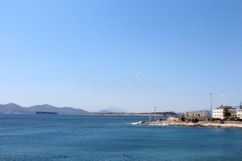 Saronic golfsikt i Piraeus, Grekland royaltyfria foton