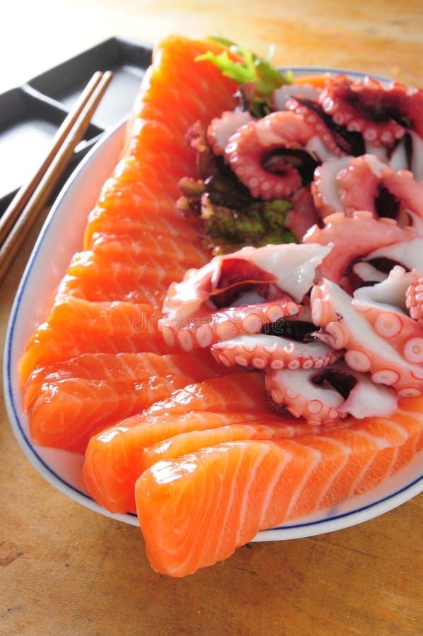 Sashimi χταπόδι σολομών στοκ εικόνες