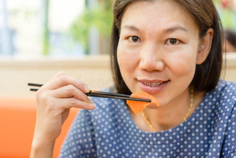 Sashimi de Lmon photos stock